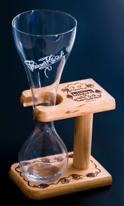 Kwak_glass_support_stand